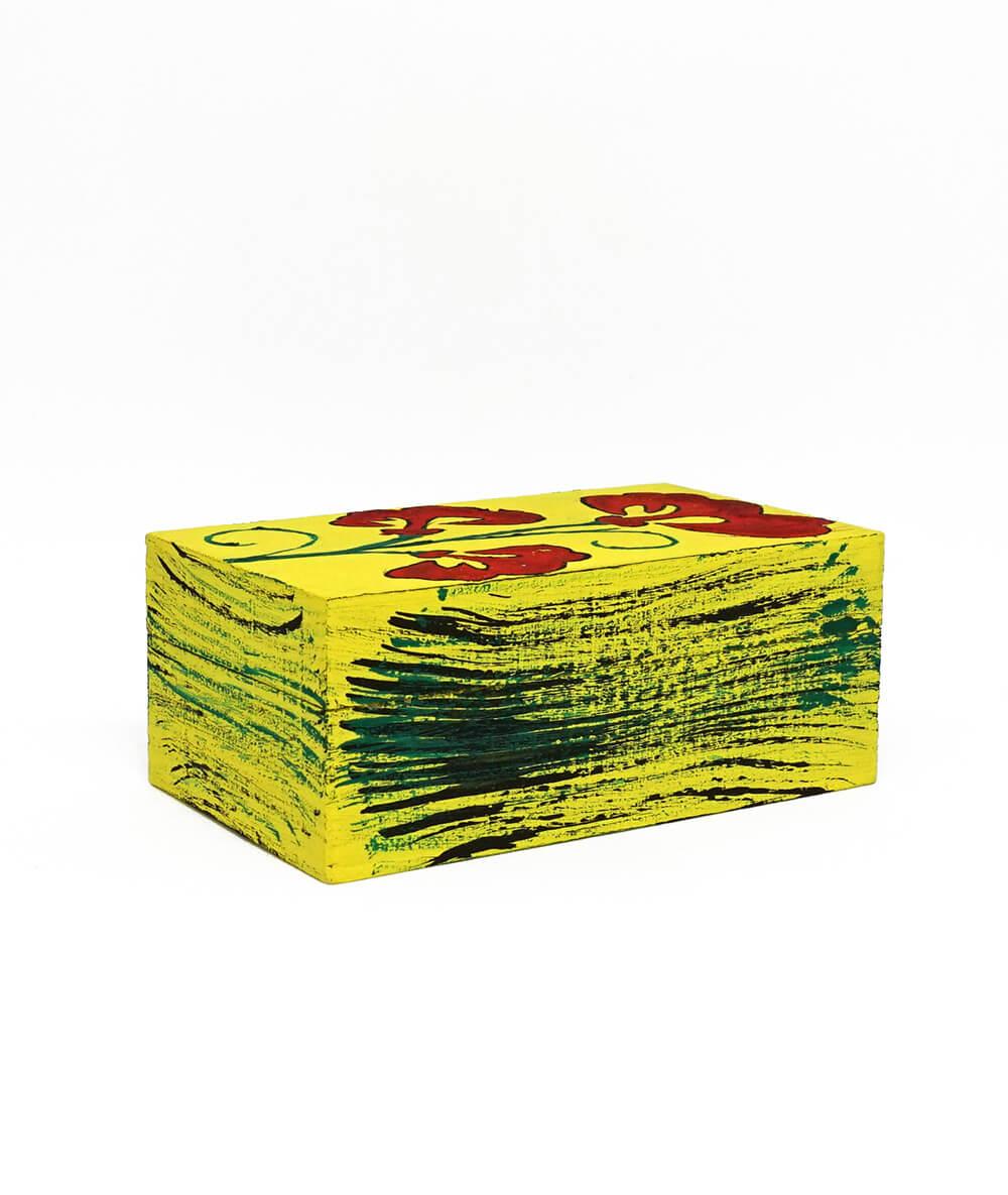 Casetuță de bijuterii galbenă