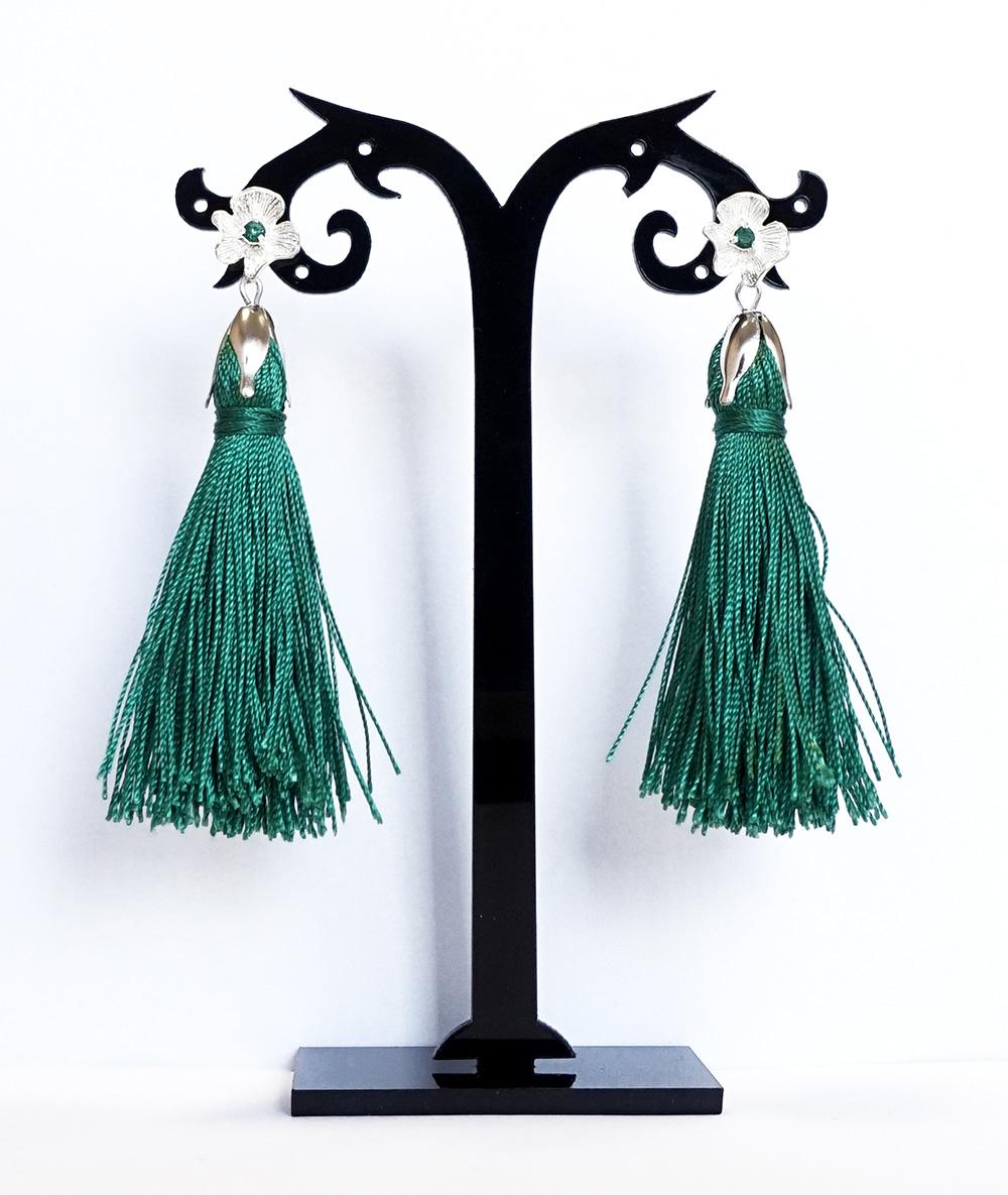 Cercei cu ciucuri turquoise