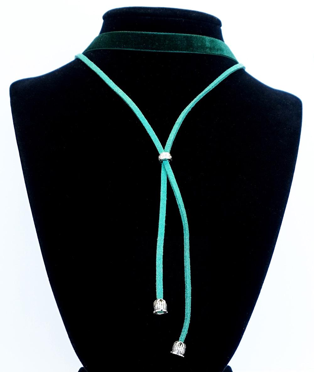 Choker verde tip cravată